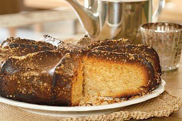 עוגת טחינה. צילום: דניה ויינר | סגנון: דלית רוסו
