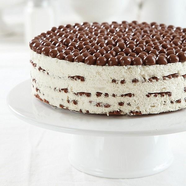 עוגת ביסקוויטים ומסקרפונה. צילום: דניה ויינר | סגנון: דיאנה לינדר