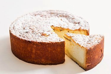 טארט גבינה אפויה. צילום: אילן נחום