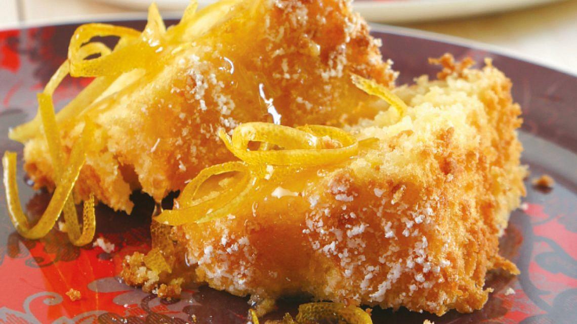 עוגה מתפוזים שלמים. צילום: דניאל לילה   סגנון: רותם ניר