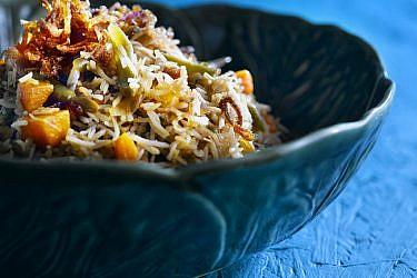 בּירְיָאני - אורז עם ירקות. צילום: רונן מנגן | סגנון: עמית פרבר
