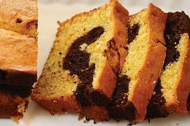 עוגת שיש שוקו-תפוז. צילום: דניה ויינר