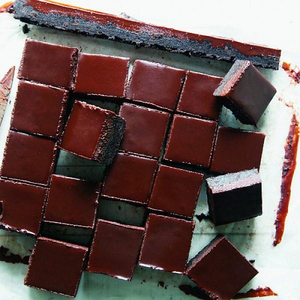עינוגי שוקולד. צילום: דניאל לילה | סגנון: עמית פרבר