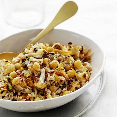 מג'דרה אורז וחומוס עם כרובית צלויה. צילום: דניה ויינר | סגנון: דלית רוסו
