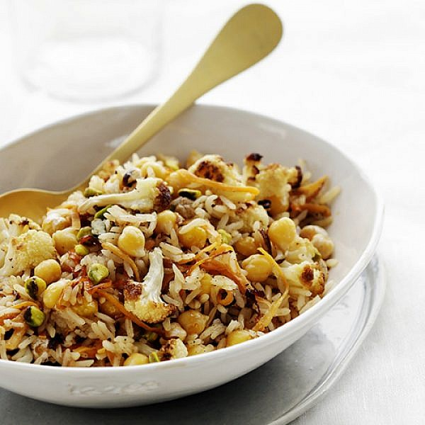 מג'דרה אורז וחומוס עם כרובית צלויה. צילום: דניה ויינר   סגנון: דלית רוסו