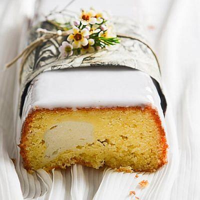 עוגת שיש תפוזים וריקוטה. צילום: בן יוסטר, סגנון: טליה גון אסיף