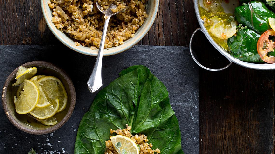 מנגולד במילוי פריקה, עשבים ולימון של רינת צדוק. צילום: בועז לביא