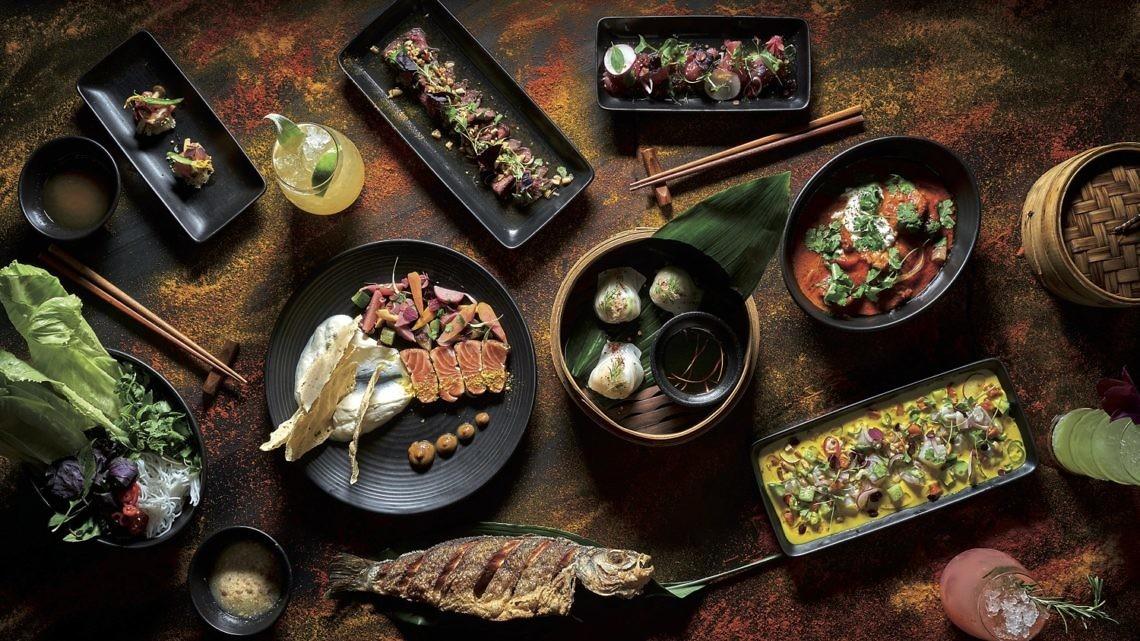 מנות אסיאתיות במסעדת טאיזו. צילום: אנטולי מיכאלו