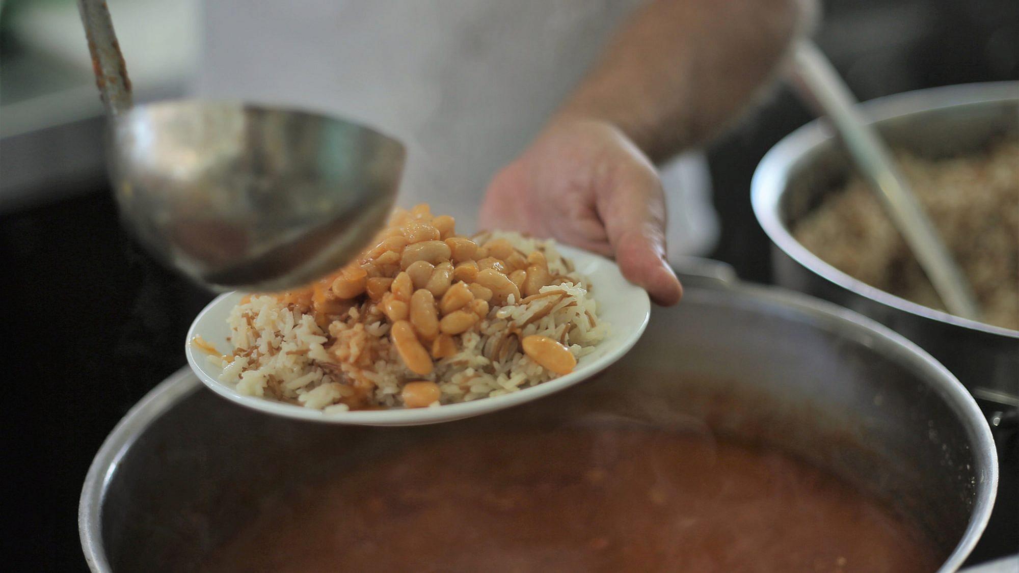 עזורה תל אביב. צילום : איתיאל ציון