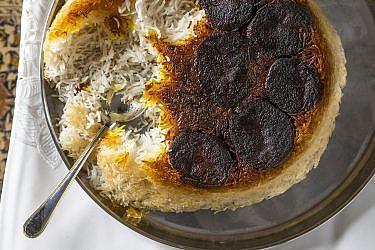 פולו שוויד בגלה-אורז פרסי עם שמיר ופול ירוק של שפית דיאנה רחמני. צילום: אפיק גבאי