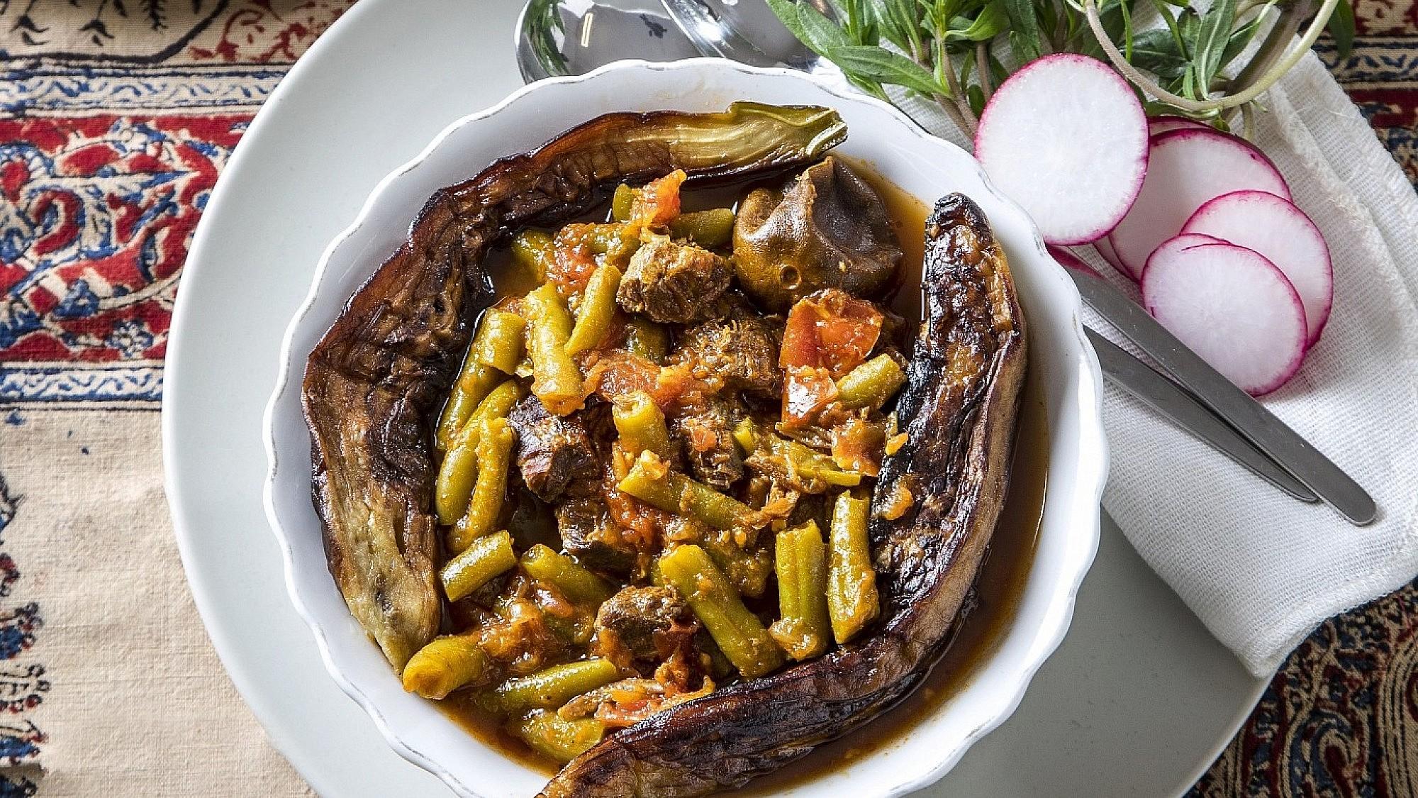 חורשט לוביה - בשר בקר עם לימון פרסי ולוביה של שפית דיאנה רחמני. צילום: אפיק גבאי