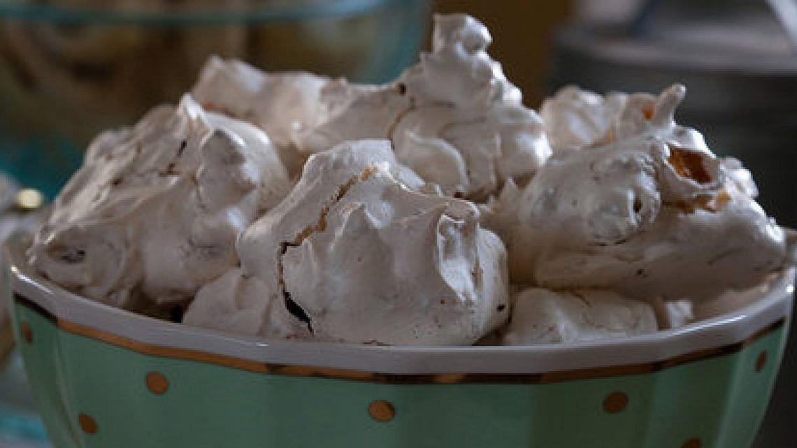 עוגיות קצף, שוקולד צ'יפס וקורנפלקס של מיקי שמו. צילום: דניאל לילה