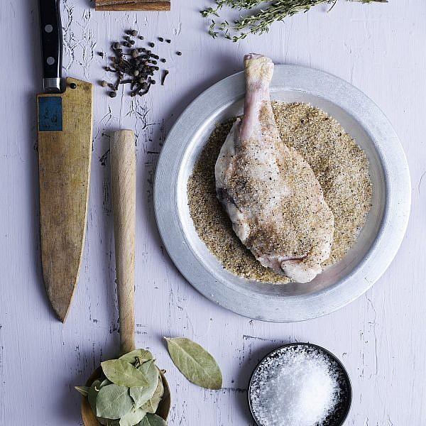 שוק אווז/ שוק ברווז קונפי של שף ערן ביק. צילום: רונן מנגן. סטיילינג: דלית רוסו