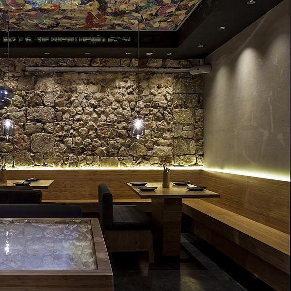 חלל המסעדה בסטיישן 9. צילום: יח
