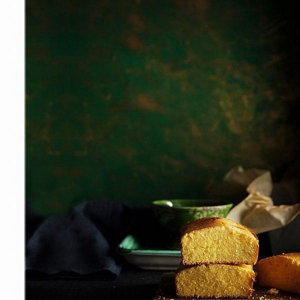 לחם תירס של שף רז רהב. צילום: אפיק גבאי. סטיילינג: עמית פרבר