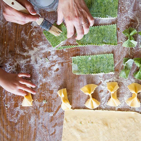 פסטה בצבעים של שף יוגב ירוס. צילום: דניאל לילה . סגנון: אוריה גבע