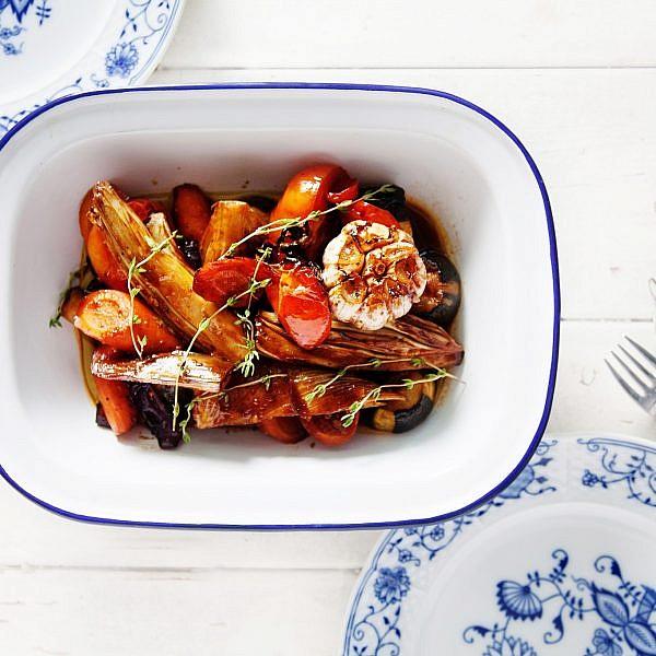ירקות צלויים בסילאן, סויה ושמן זית של אמיר קרונברג. צילום: דניאל לילה