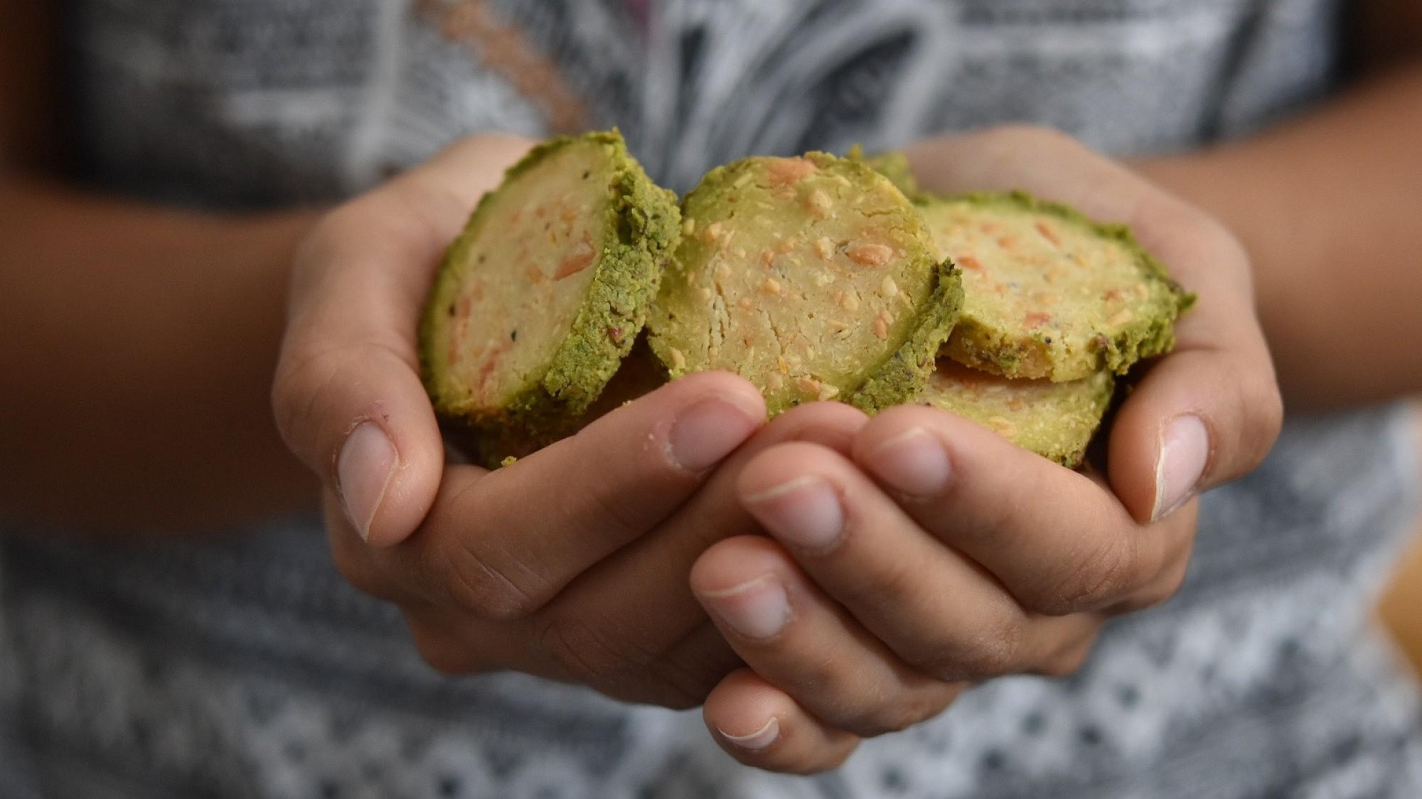 עוגיות מנצ'גו ופיסטוק. מתכון וצילום: חן קורן בשיתוף באשר פרומז'רי