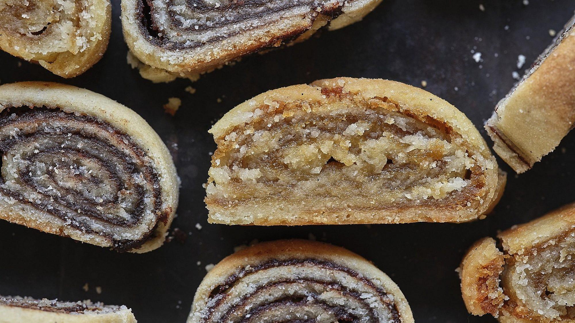 עוגיות מגולגלות בשלושה מילויים של שף-קונדיטורית הילי גרינברג. צילום: אנטולי מיכאלו. סטיילינג: דינה אוסטרובסקי וירדן יעקובי