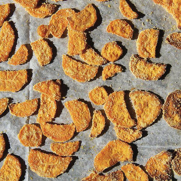 צ'יפס בטטה של אורנה ואלה. מתוך ספר הבישול