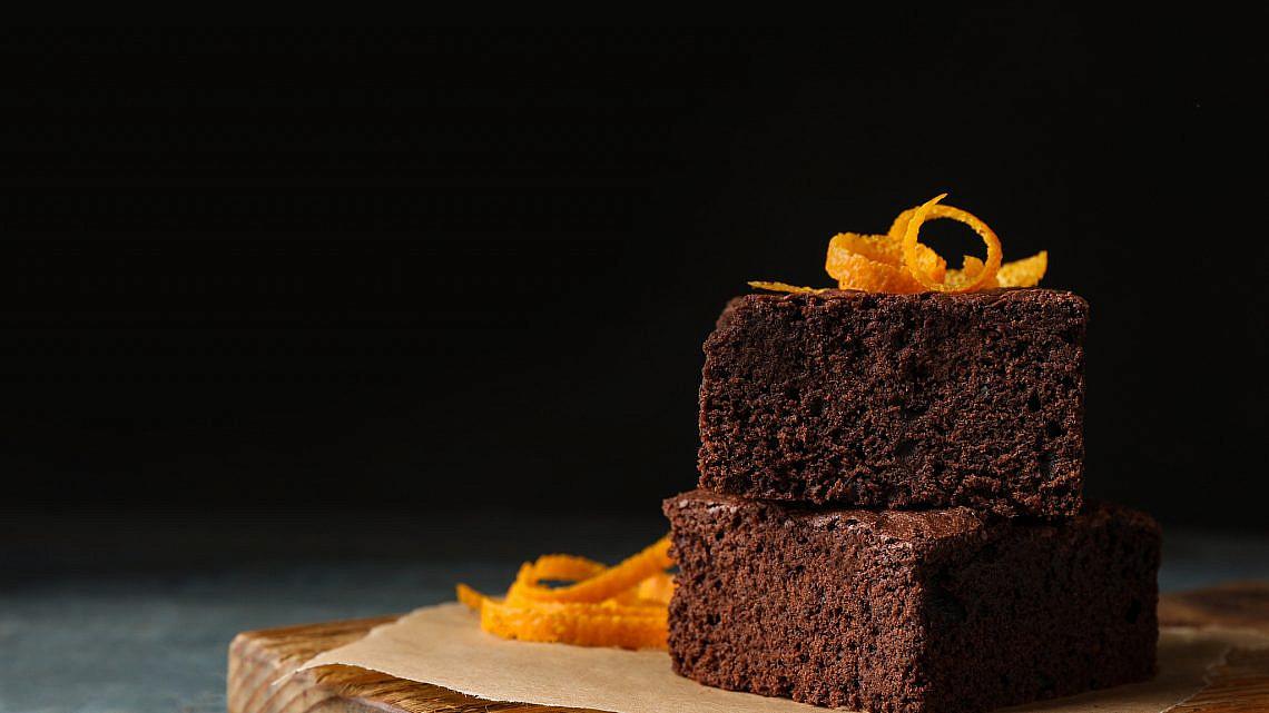 עוגת שוקולד תפוז ללא קמח. צילום: shutterstock