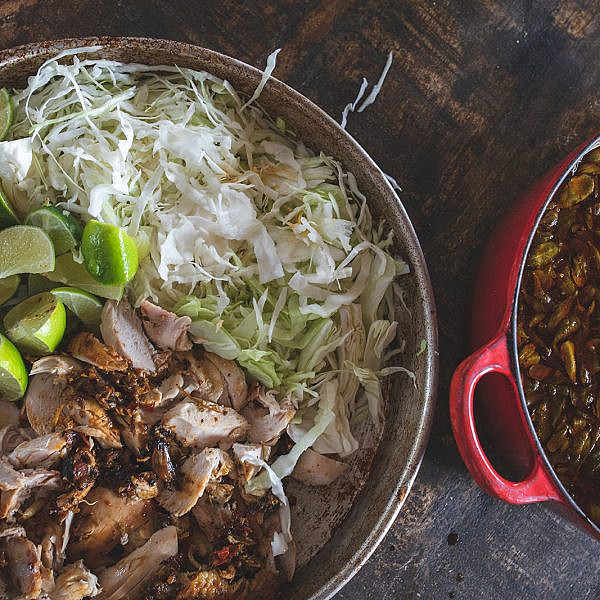 מרק עוף מקסיקני של אסף דוקטור. צילום: שני בריל