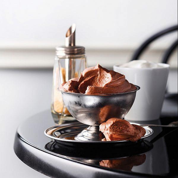 מוס שוקולד-קפה-תפוז של שף יאיר יוספי | צילום: דן פרץ | סגנון: עמית פרבר