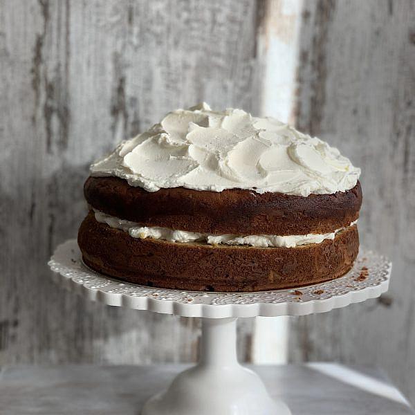 עוגת פאמפקין ספייס עם קרם מסקרפונה של ליאור משיח. צילום: ליאור משיח