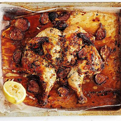 עוף פרפר עם תאנים טריות, שקדים ודבש של רות אוליבר   צילום: דניה ויינר   סגנון: אוריה גבע