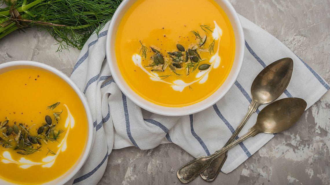 מרק דלעת בניחוח כמון ותפוזים. צילום: shutterstock