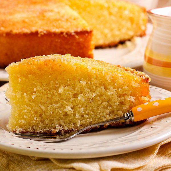 עוגת תפוזים וקוקוס. צילום: shutterstock