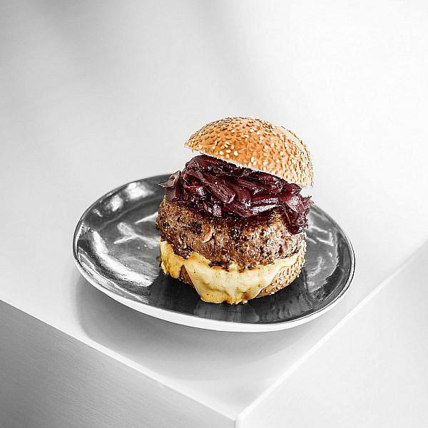 המבורגר באסקי של יאיר יוספי. צילום: דניאל לילה