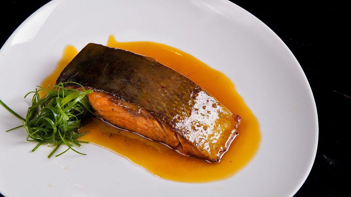 דג במיסו של הג'ירף. צילום: שרית גופן