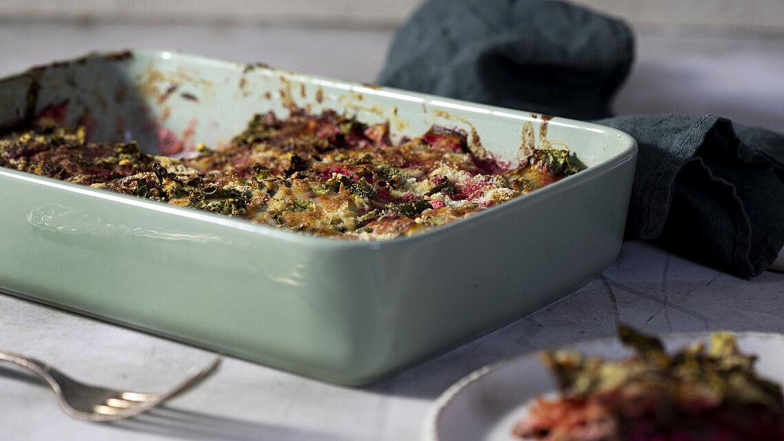 לזניית ירקות שורש ללא גלוטן של אליסיה קרמנב. צילום: דן לב   סגנון: דיאנה לינדר