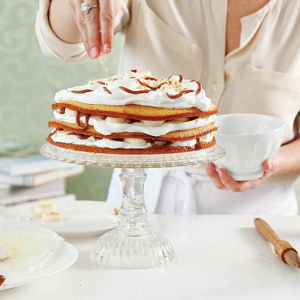 עוגת שכבות בנופי של חן שוקרון. צילום: דניה ויינר. סטיילינג: דיאנה לינדר