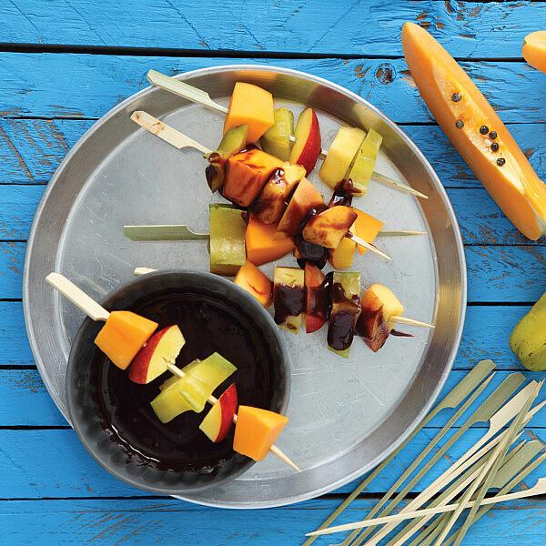 קרמל שוקולד של יואב בלימן. צילום: דניה ויינר. סטיילינג: אוריה גבע