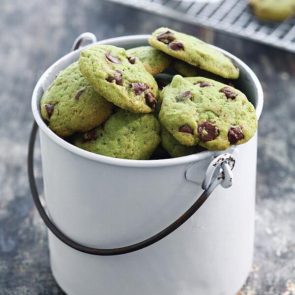 עוגיות שוקולד צ'יפס פיסטוק של מיכל מוזס. צילום: דן פרץ. סטיילינג: אוריה גבע