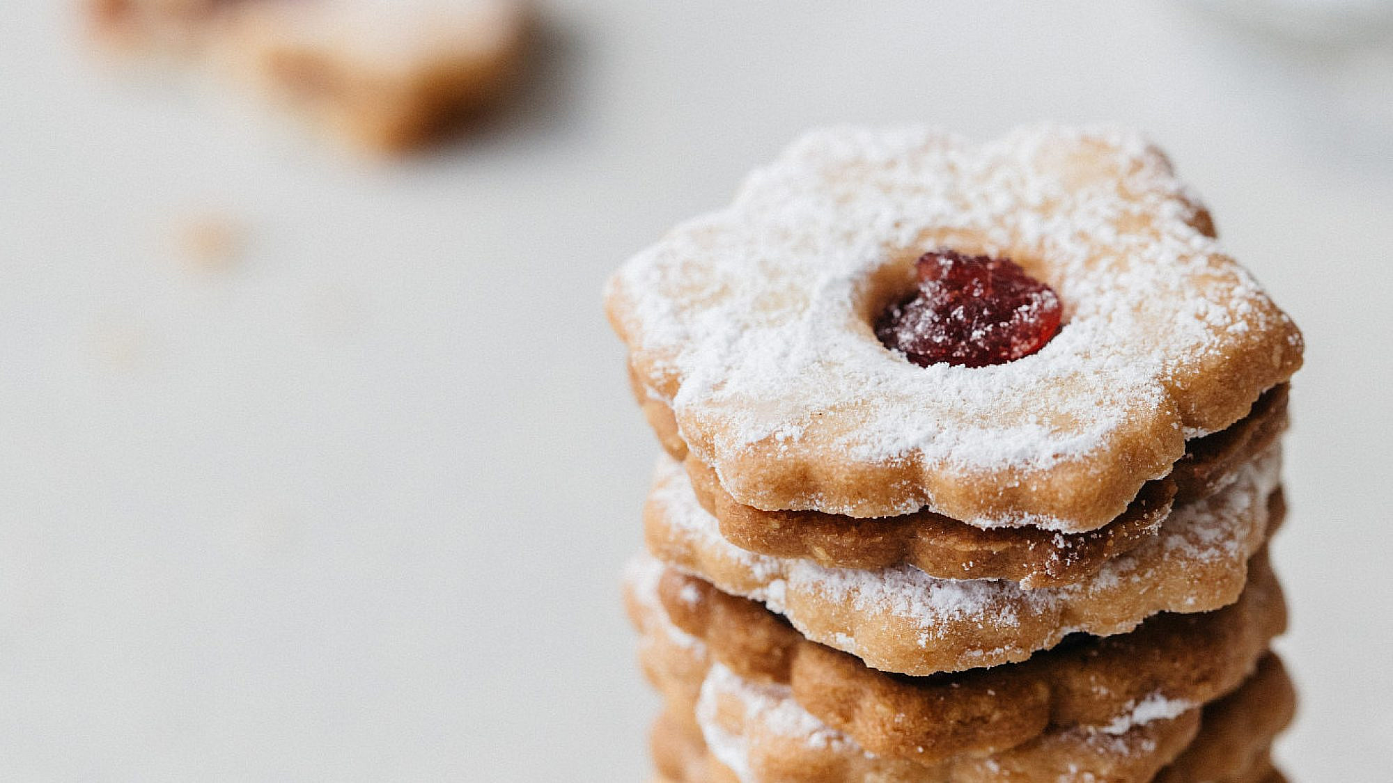 עוגיות ריבה של קרן קדוש. צילום: אבישג שאר-ישוב.