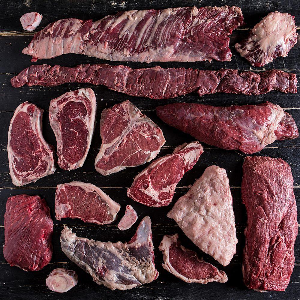 בשר מקומי מושבוצ צילום: אסף רונן