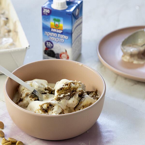 גלידה ביתית מ-2 מרכיבים. צילום: דן לב; סטיילינג: גיא כהן