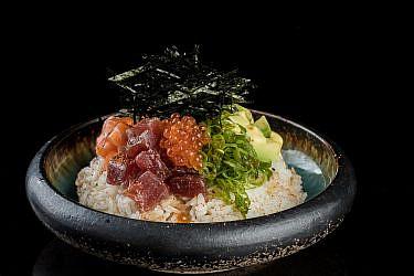 "פוקי בול במסעדת קנסאי סושי. צילום: גל זהבי, יח""צ"