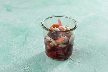 ירקות כבושים בלימון ומלח של רינת צדוק (צילום: דניאל לילה)