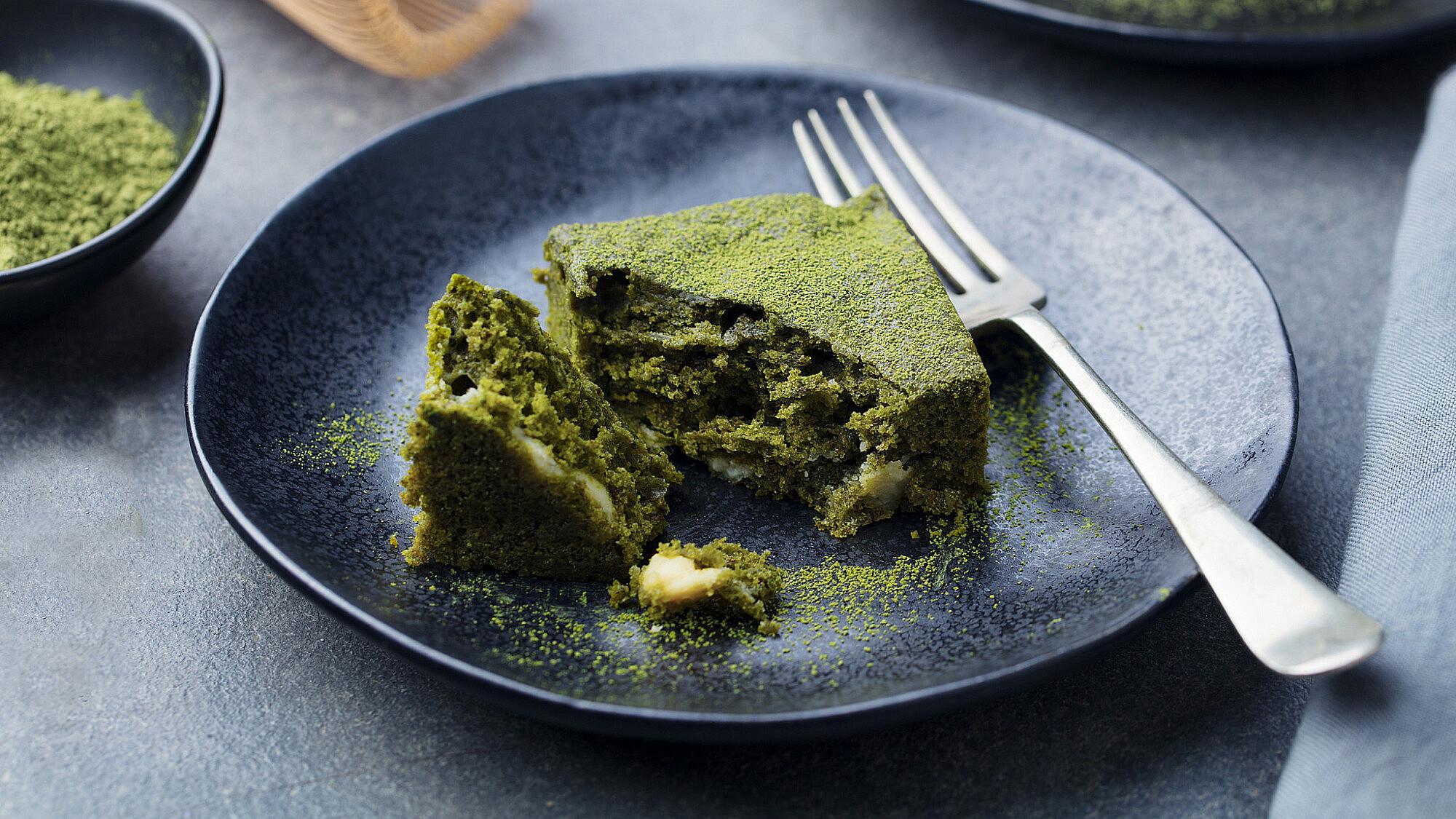 עוגת פיסטוקים ירוקה. צילום: shutterstock