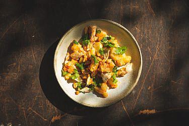 סלט פלמידה קונפי ותפוחי אדמה של מיכל וקסמן. צילום: שני בריל