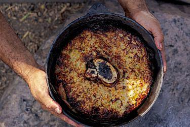 עוגת תפוחי אדמה ומח עצם של שף אוהד לוי   צילום: מידן גיל ארוש
