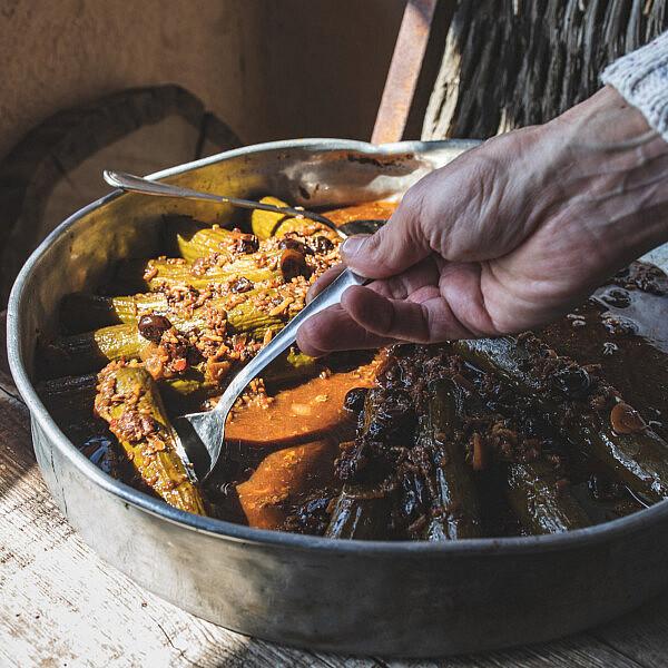 מלפפונים ממולאים של שף ישראל אהרוני | צילום: שני בריל