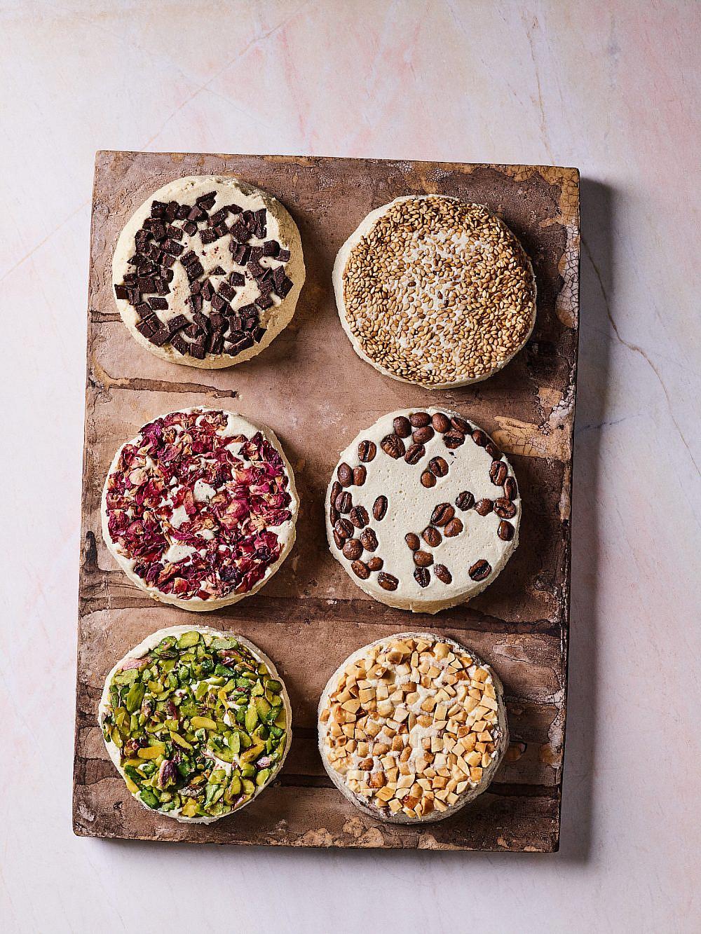 רוב המטבח שלנו הוא משותף חלבה ביתית של רים קסיס מתוך ספרהThe Arabesque Table : Contemporary Recipes from the Arab World (צילום: דן פרץ)