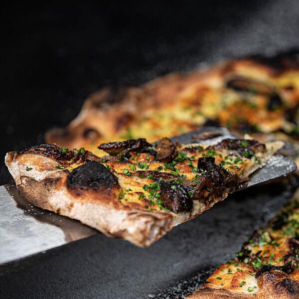 פיצה לבנטינה | צילום: איתן וכסמן