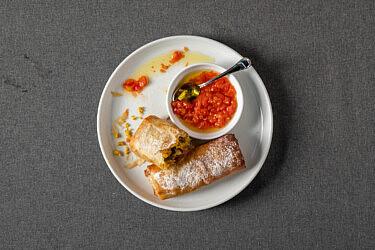 פסטייה דגים של שף אסף גבאי. צילום: נעם פריסמן