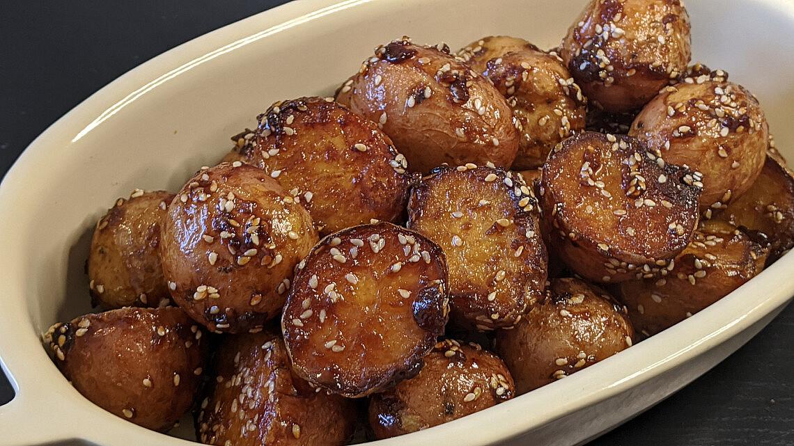 Algamja jorim - בייבי תפוחי אדמה קוריאניים של דקלה חיון. צילום: דקלה חיון